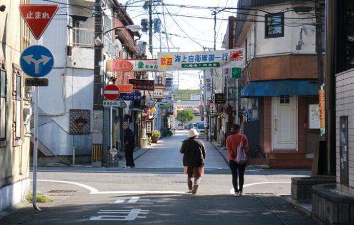 八幡通り(飲食店街)